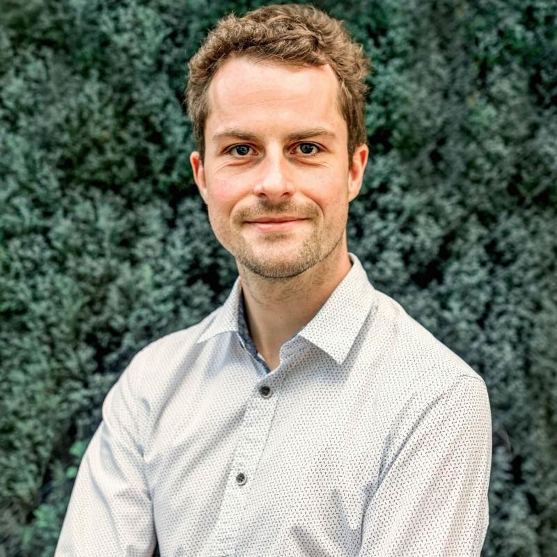 Dr. Daniel Pfirrmann