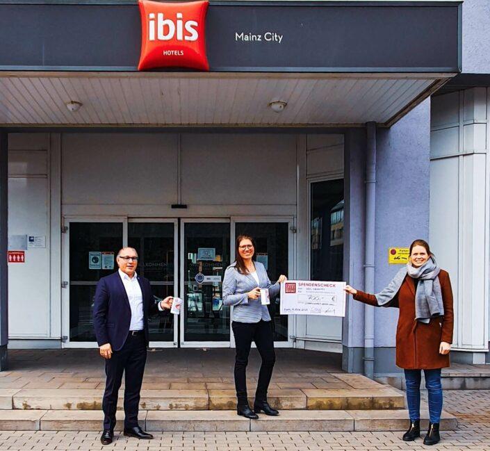 Spende - IBIS - Novotel